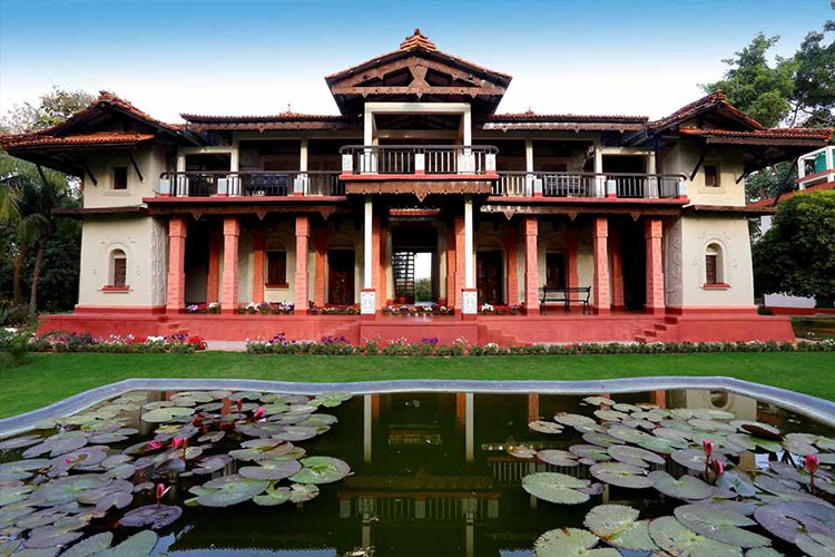 Escape Into Bengal Aristocratic Past At The Garden Bungalow In Shantiniketan